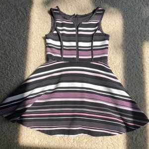 Girls size 5 Pippa and Julie dress